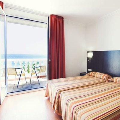 hoteles badalona hotel miramar