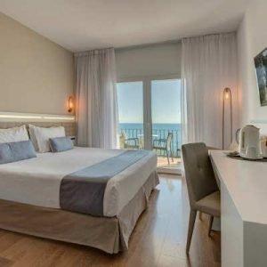 playa-costa-brava-hotel-san-jorge